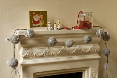 DIY Christmas Sequin And Yarn Garland