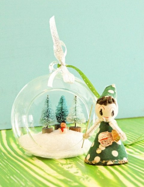 non-living ornament terrarium (via shelterness)