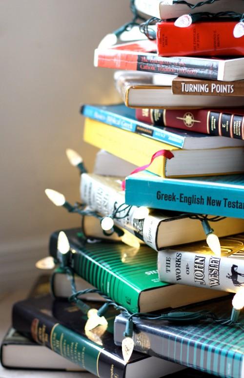 Diy Christmas Tree Of Books