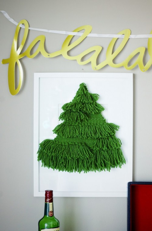 Diy woven christmas tree wall hanging shelterness - Diy christmas tree on wall ...