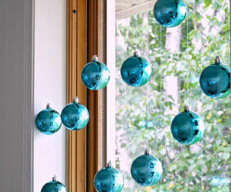 Window Bauble Curtain Shelterness