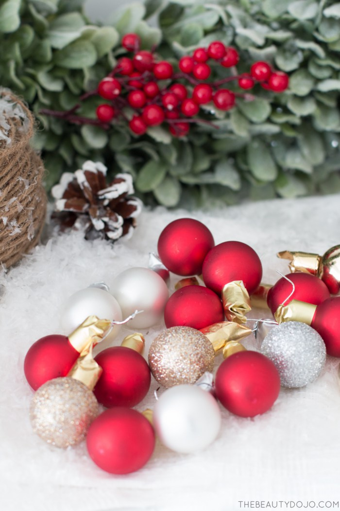 Homemade Christmas Decorations With Holly : Picture of diy christmas wreath with holly and small