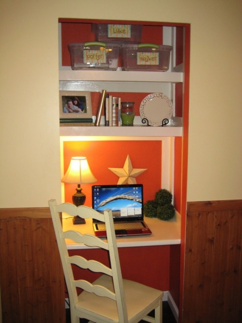 DIY Closet Desk As A Mini Home Office