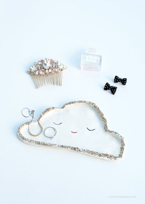silver lining cloud dish (via lovefromginger)