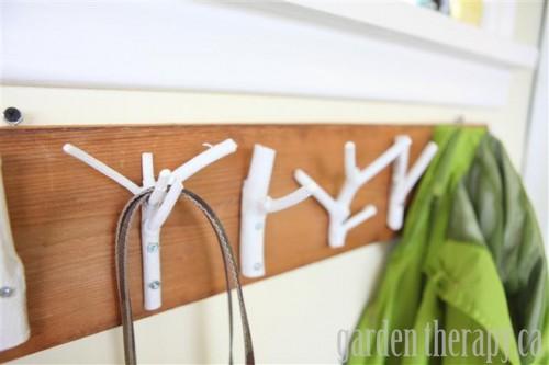 branch coat rack (via gardentherapy)