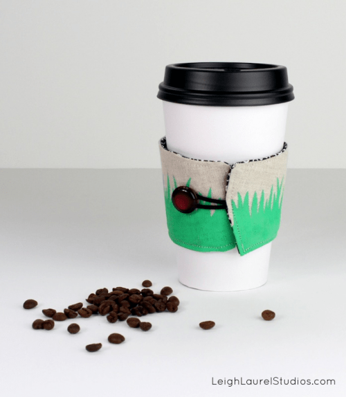 DIY Coffee Holder To Personalize Your Cup