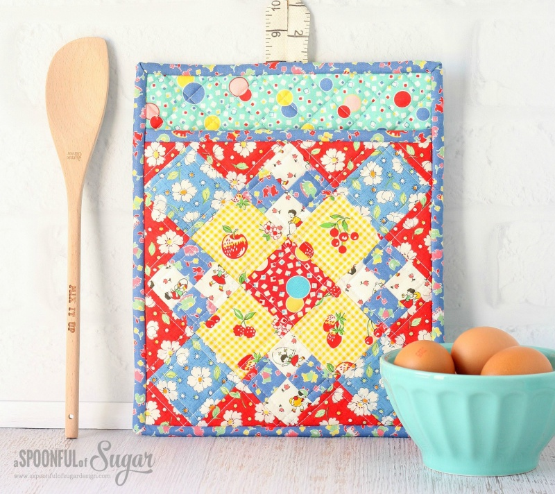 DIY Colorful Potholder With Various Patterns