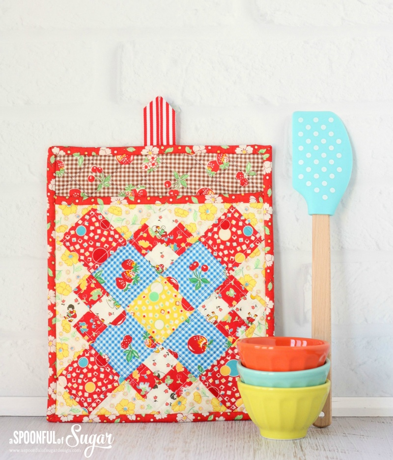 Picture Of diy colorful potholder with various patterns  3
