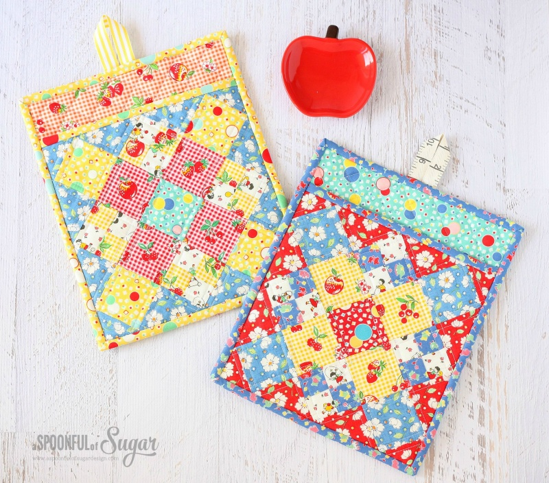 Picture Of diy colorful potholder with various patterns  4