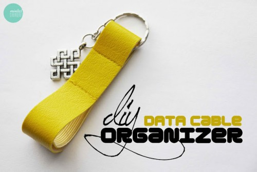 DIY cable organizer keychain (via mintedstrawberry)