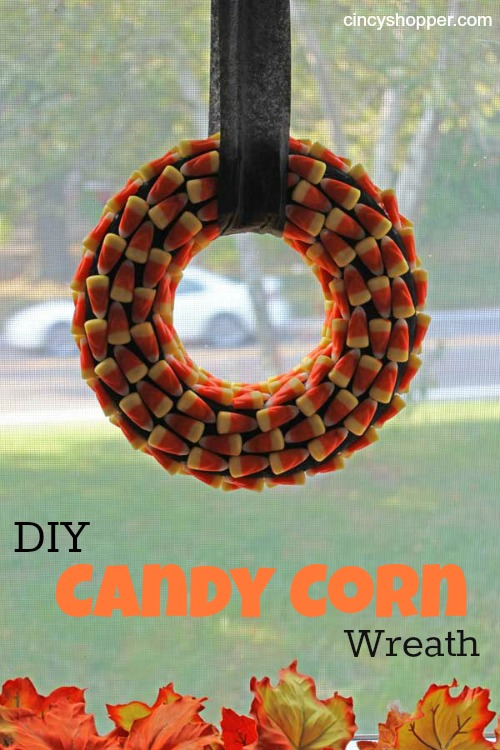 candy corn wreath (via cincyshopper)