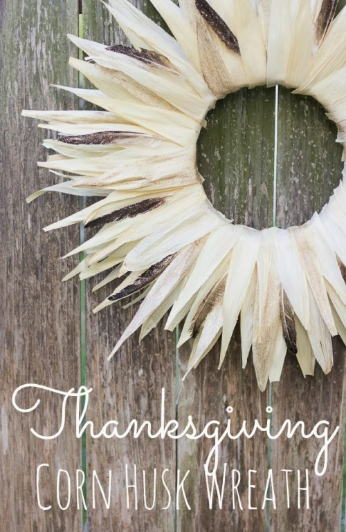 Thanksgiving husk wreath (via designimprovised)