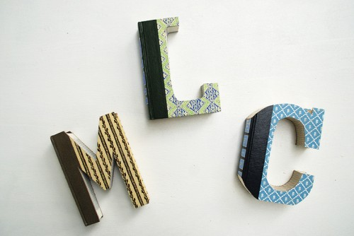 book letters (via themerrythought)