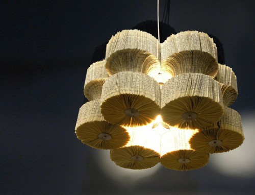 old book chandelier (via shelterness)
