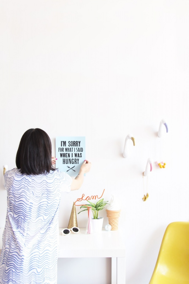 Picture Of diy creative and fun flamingo wall hooks  2