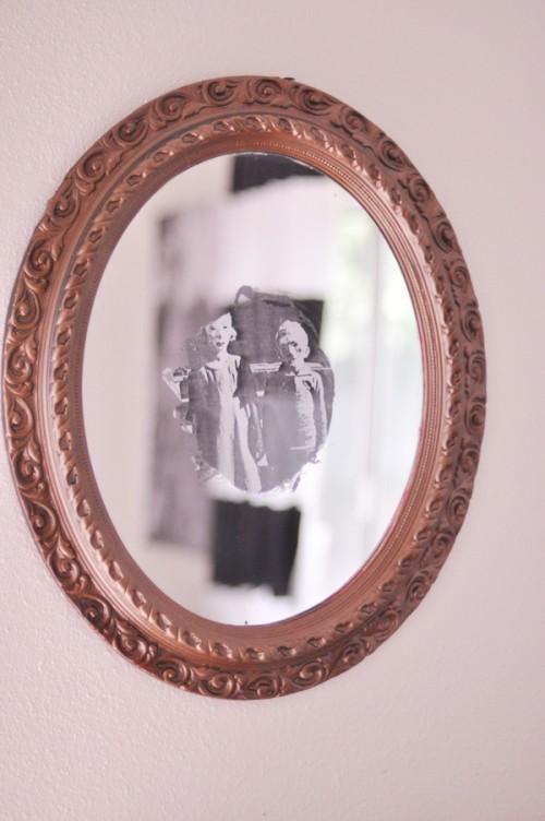 15 Haunted Diy Halloween Mirrors Shelterness