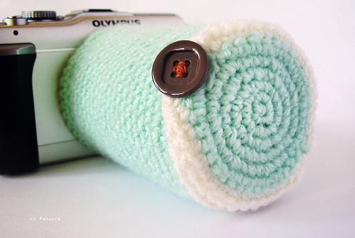Diy Crocheted Camera Lens Cozy