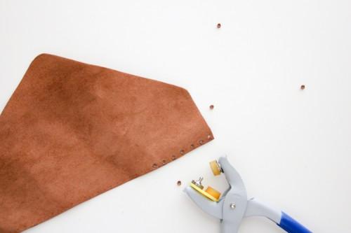 Diy Crocheted Leather Flap Clutch