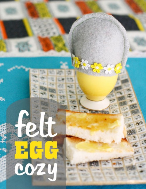 felt egg cozy (via mypoppet)