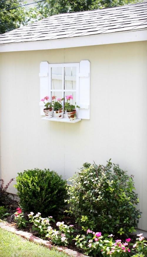DIY Cute Window Shutters