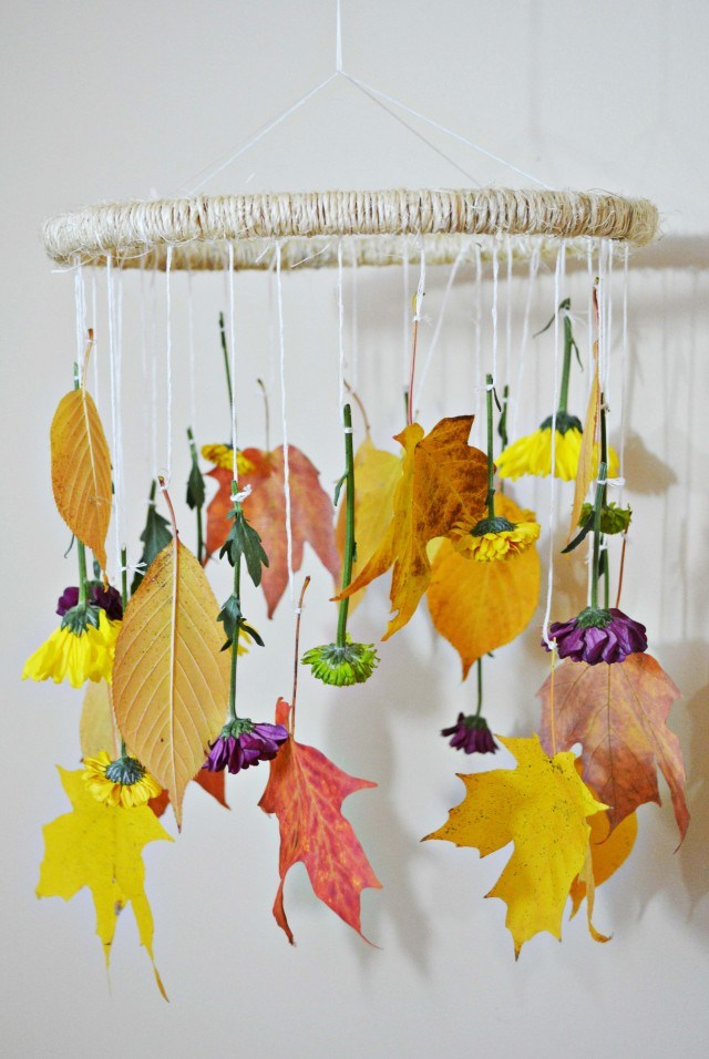 Picture Of diy decorative fall leaves and flowers mobile  1