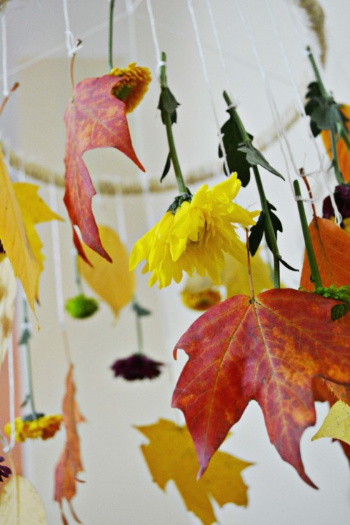 DIY Decorative Fall Leaves And Flowers Mobile