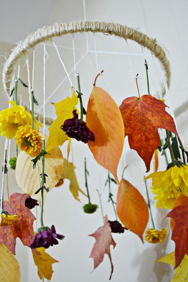 Picture Of diy decorative fall leaves and flowers mobile  7