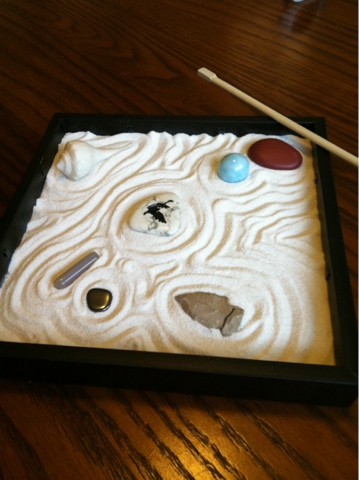 Easy Zen Garden In A Box (via Keepcalmcreate)