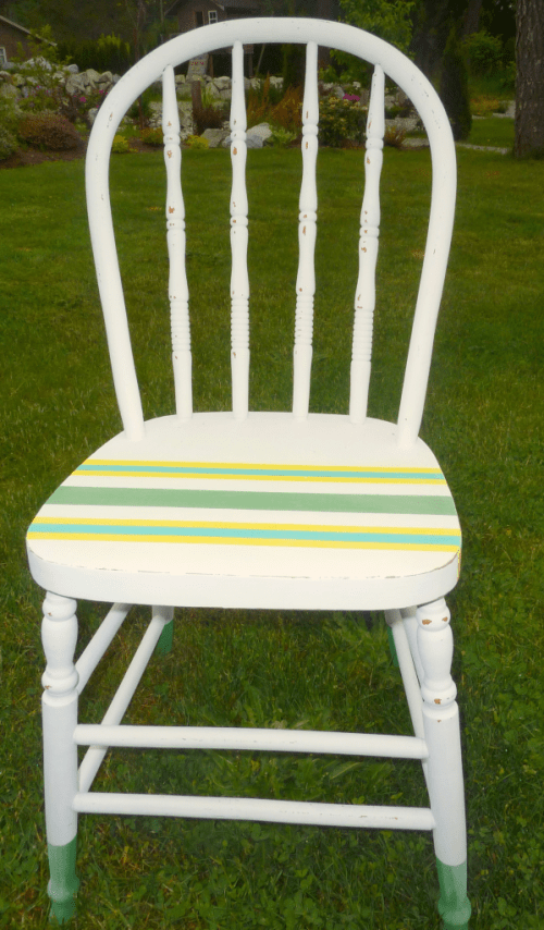chalk and craft painted chair (via thehappyhousie)