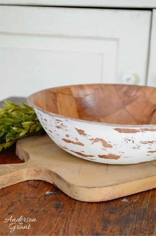 Diy Distressed Salad Bowls To Make Shelterness