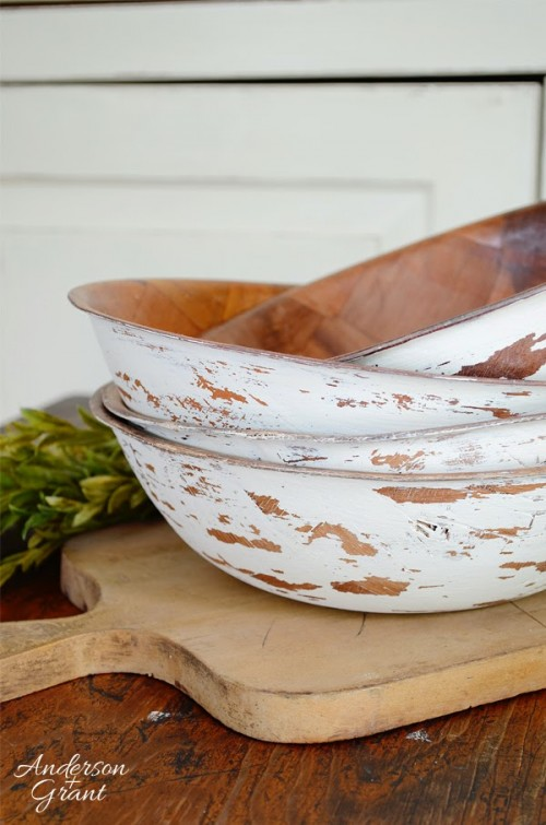 DIY Distressed Salad Bowls To Make
