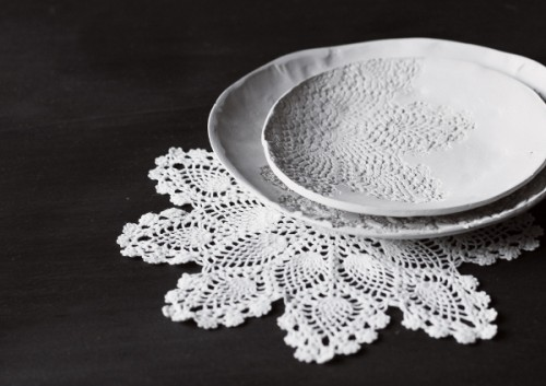 Diy Doily Stamped Dishes
