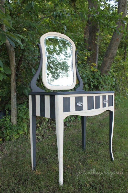 chalk paint dressing table makeover