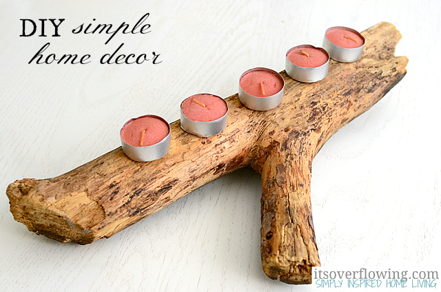 simple driftwood candleholder centerpiece