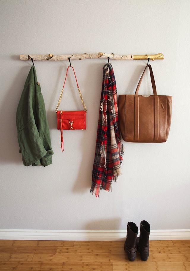 Diy Driftwood Wall Hanger