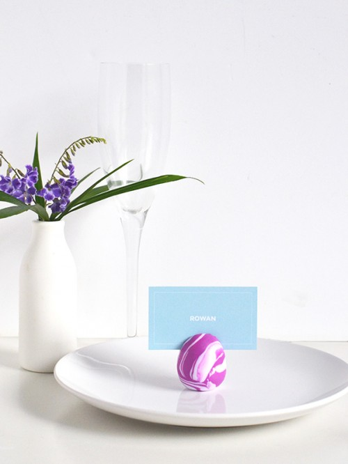 marbled egg card holders (via makeandtell)
