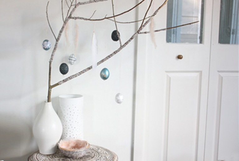 Diy Easter Tree With Eggs As Acool Centerpiece