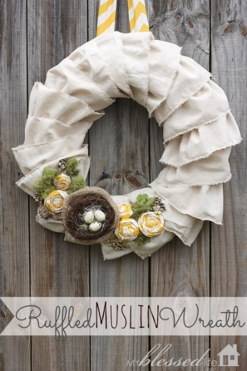 Diy Easter Wreath Of Ruffled Muslin