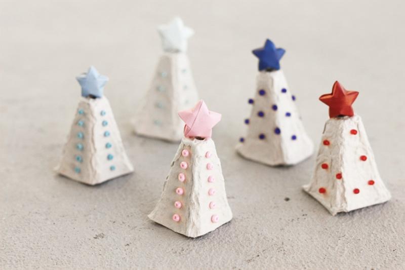 DIY Egg Carton Christmas Tree