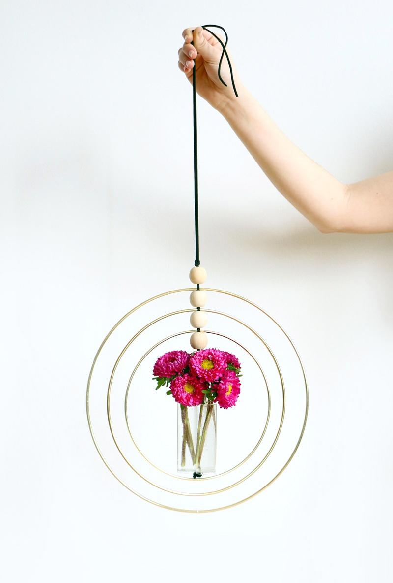 hoop vase holder