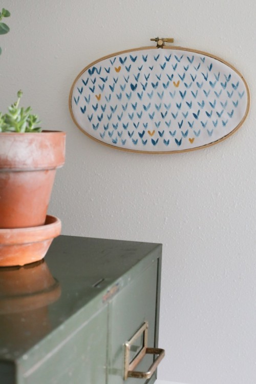 hoop wall art (via thedempsterlogbook)