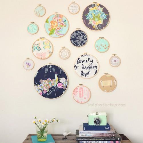 floral hoop art (via ladybythebay)