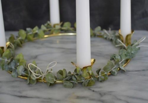 eucalyptus advent wreath (via armywifetosuburbanlife)