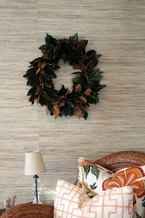 fresh magnolia wreath (via fortheloveof)