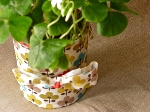 Diy Fabric Pots Made Of Recycled Tins