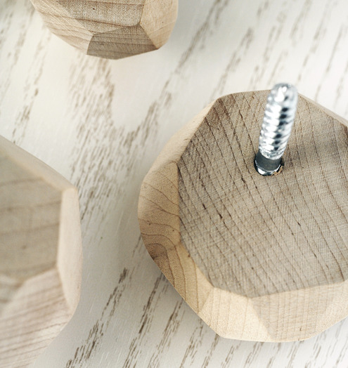 Diy Faceted Wall Hooks Shelterness