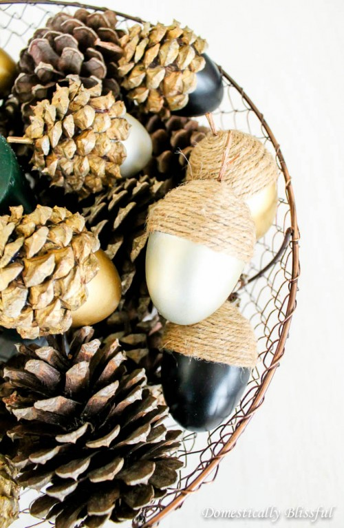 DIY Fall Acorns With Pinecones And Twine