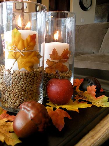 fall leaf centerpiece (via shelterness)