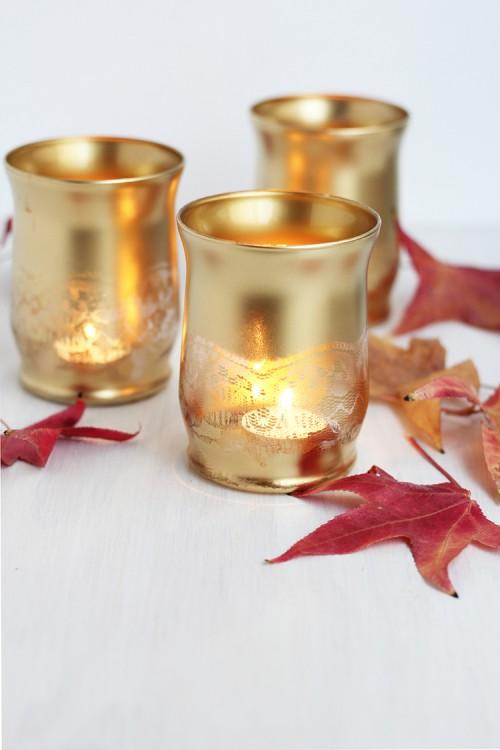 gold lace candleholders (via freutcake)