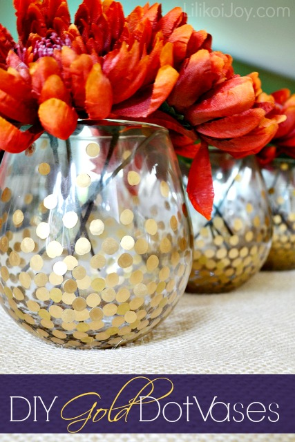 gold dot vases (via lilikoijoy)